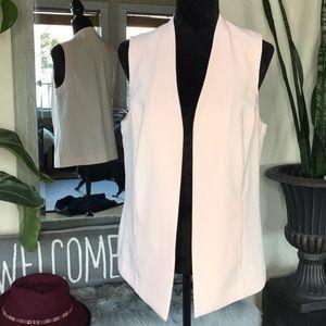 🍂5/$25🍂Chico's Vest